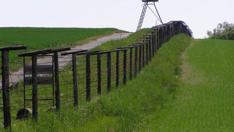 cizov-stacheldrahtzaun